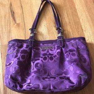 Unique coach purse, in purple. Awesome sized tote.